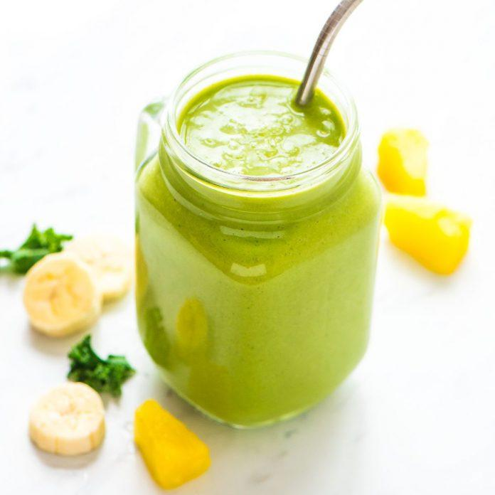 Kale Pineapple Smoothie