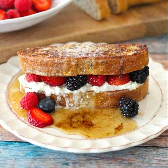 French Toast With Berries