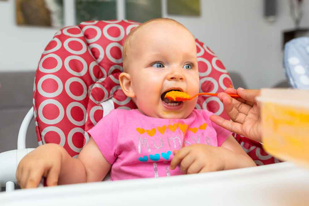 Six Feeding Tips For Parents with Infants Turning Six Months