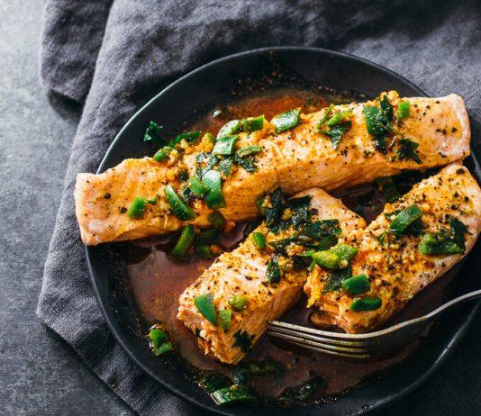 Instant Pot Salmon With Chili-Lime Sauce