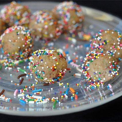 No Bake Birthday Cake Protein Bites