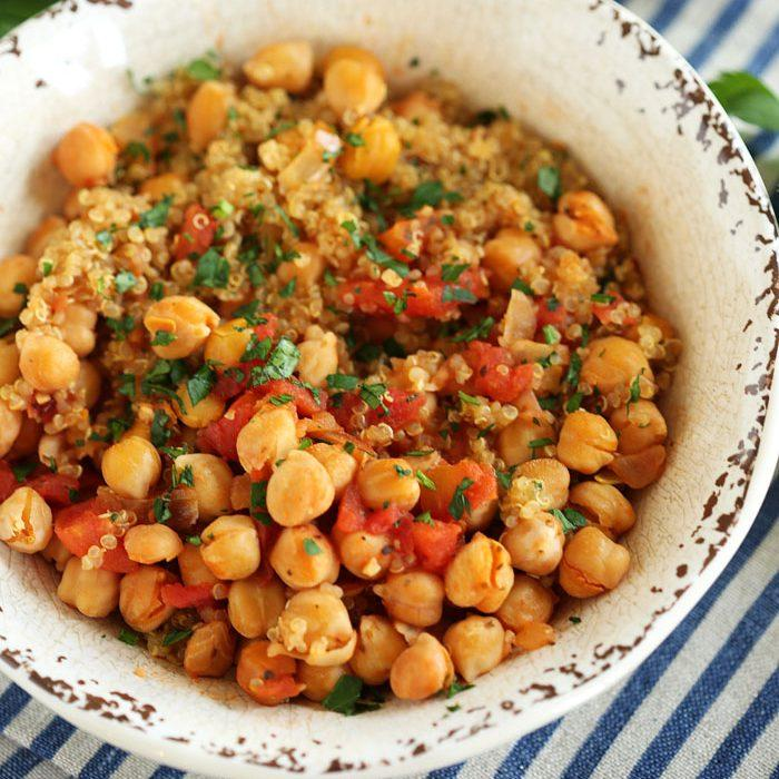 Spicy Chickpea And Quinoa Bowl