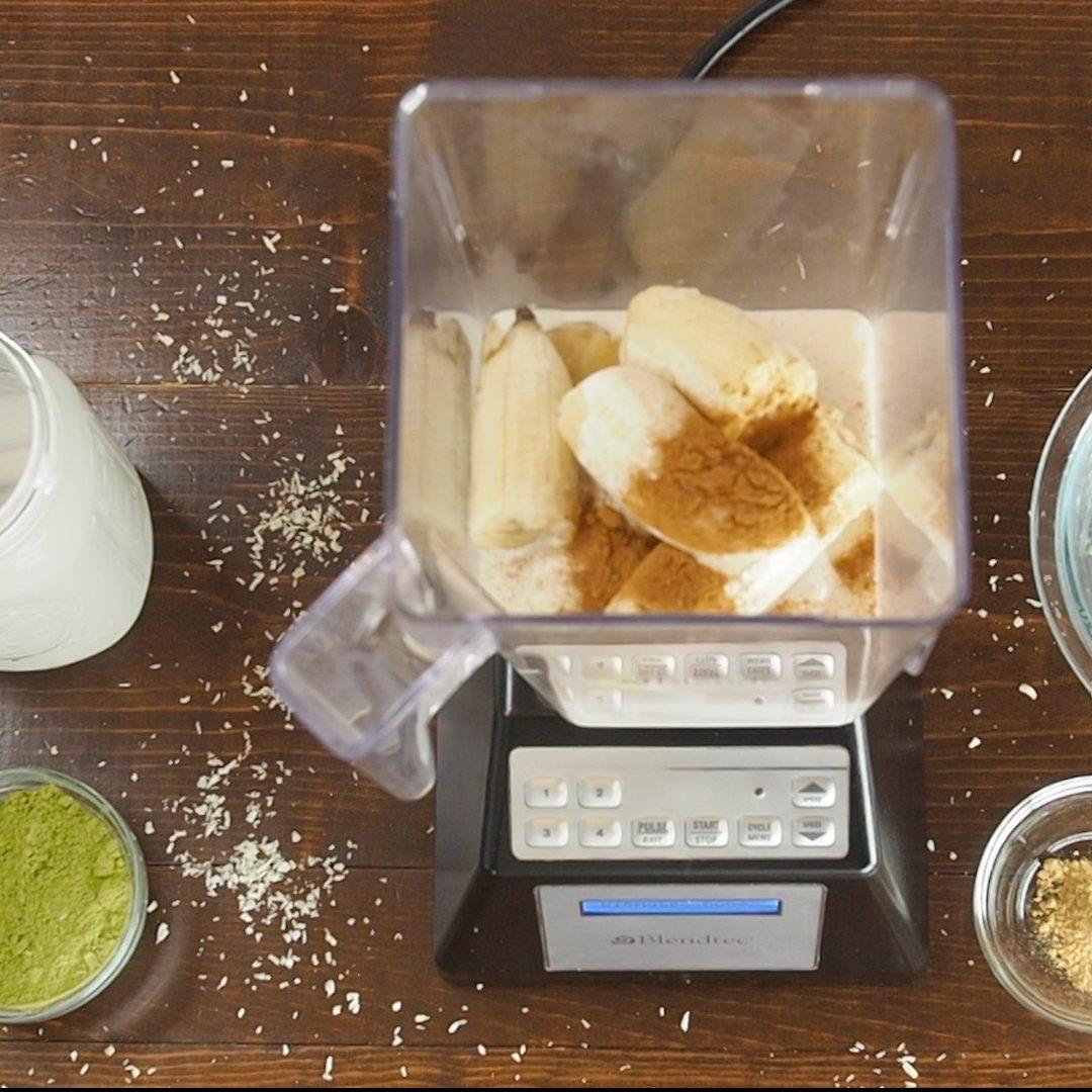 The Ultimate Moringa Smoothie Recipe!