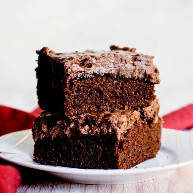 Copycat Cracker Barrel Double Fudge Cake